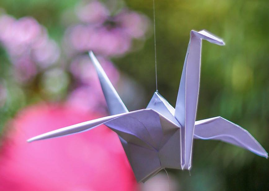 Wir bauen ein Mobilé: Origami-Figuren basteln!